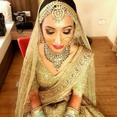 Royal bride, bridal makeup, bridal hair