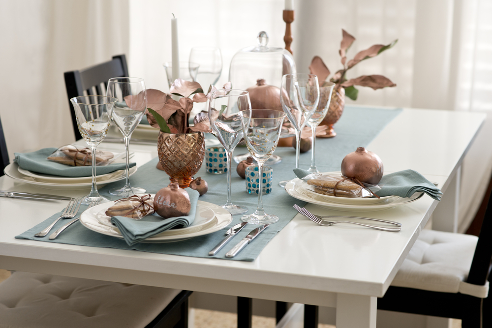 dining setting, home interiors