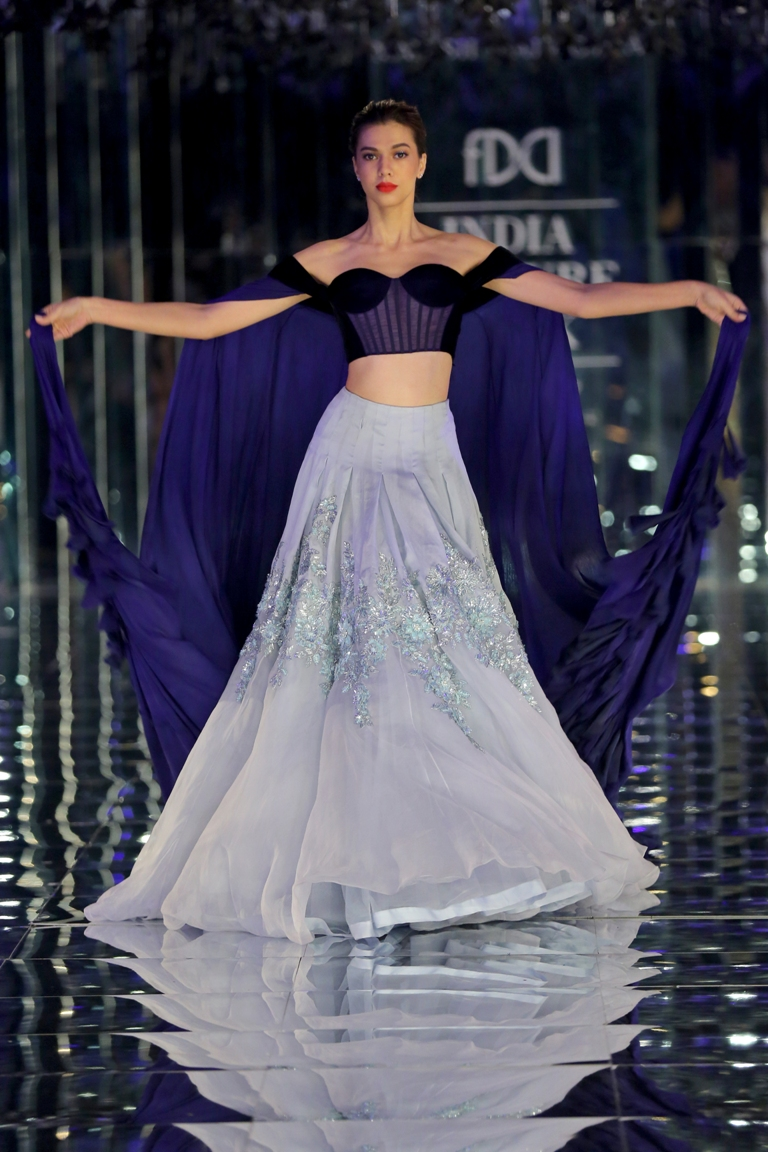 3d326fbb0b4 Our Favourite Lehengas from Manish Malhotra s India Couture Week 2017