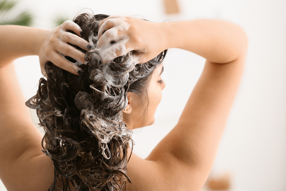 How To Maintain Healthy Hair Daily Hair Care Routine The Urban Guide