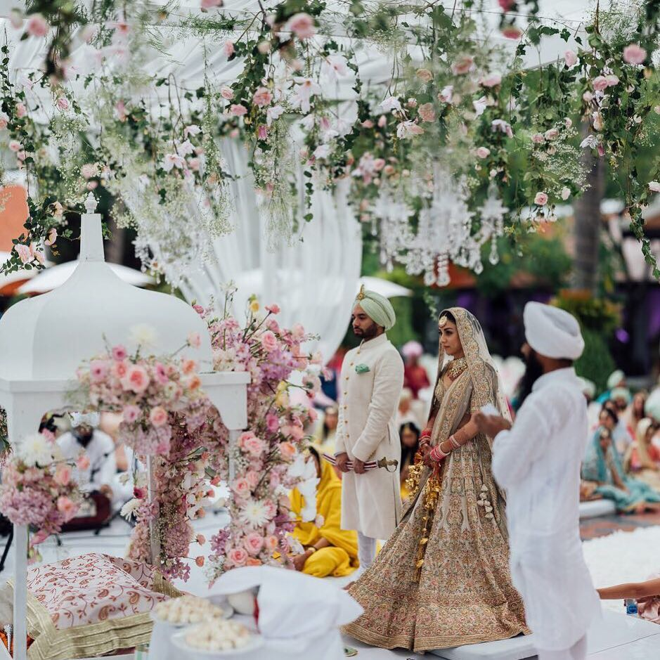 Cutie Aisha Actress Got Married & Gave Brides 9 Steal-Worthy Ideas From Her Dreamy Wedding! *PIN IT ALL*