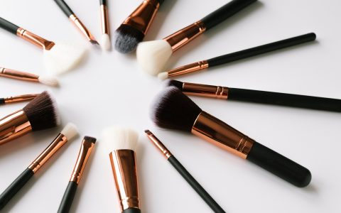 10 Types Of Make Up Brushes