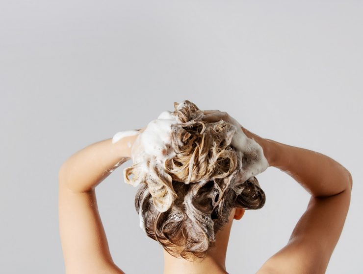 Steps To Wash Your Hair The Right Way!