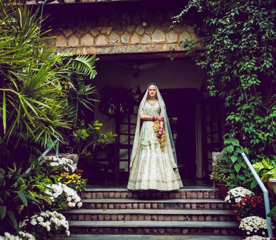 Nafisa Ali's Daughter Got Married & Wore The Most Gorgeous Bridal Lehengas!