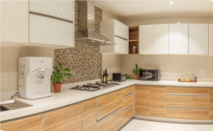 L Shaped Modular Kitchen With Kitchen Cabinets Designed ...