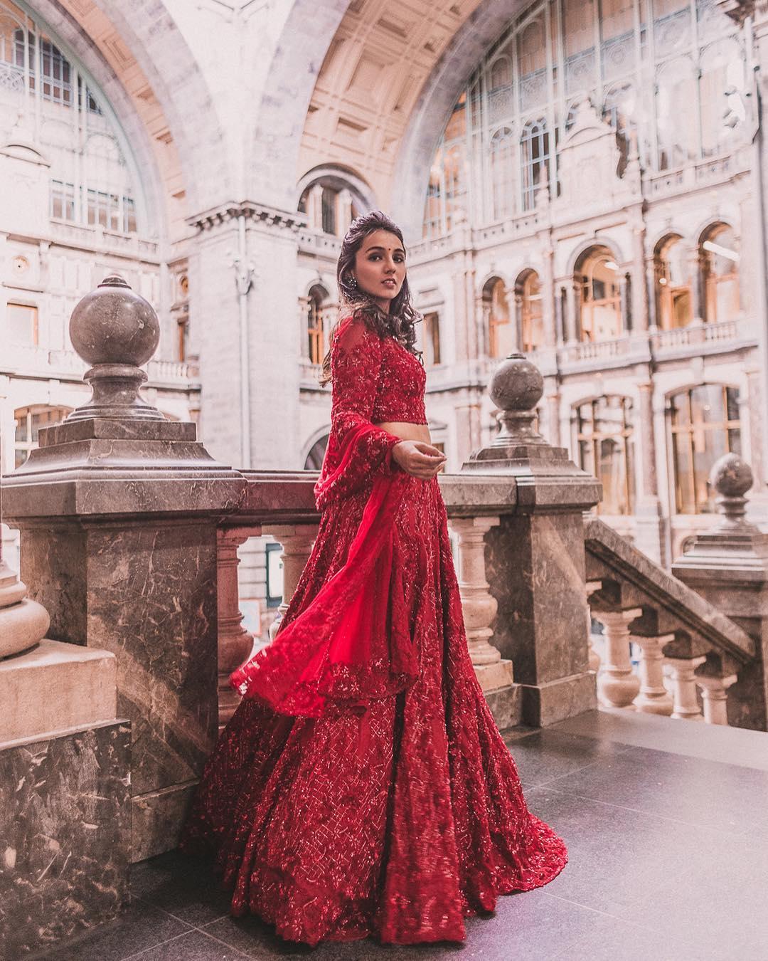 Indian Wedding Outfits.Indian Wedding Dresses Latest Fashion Raveitsafe