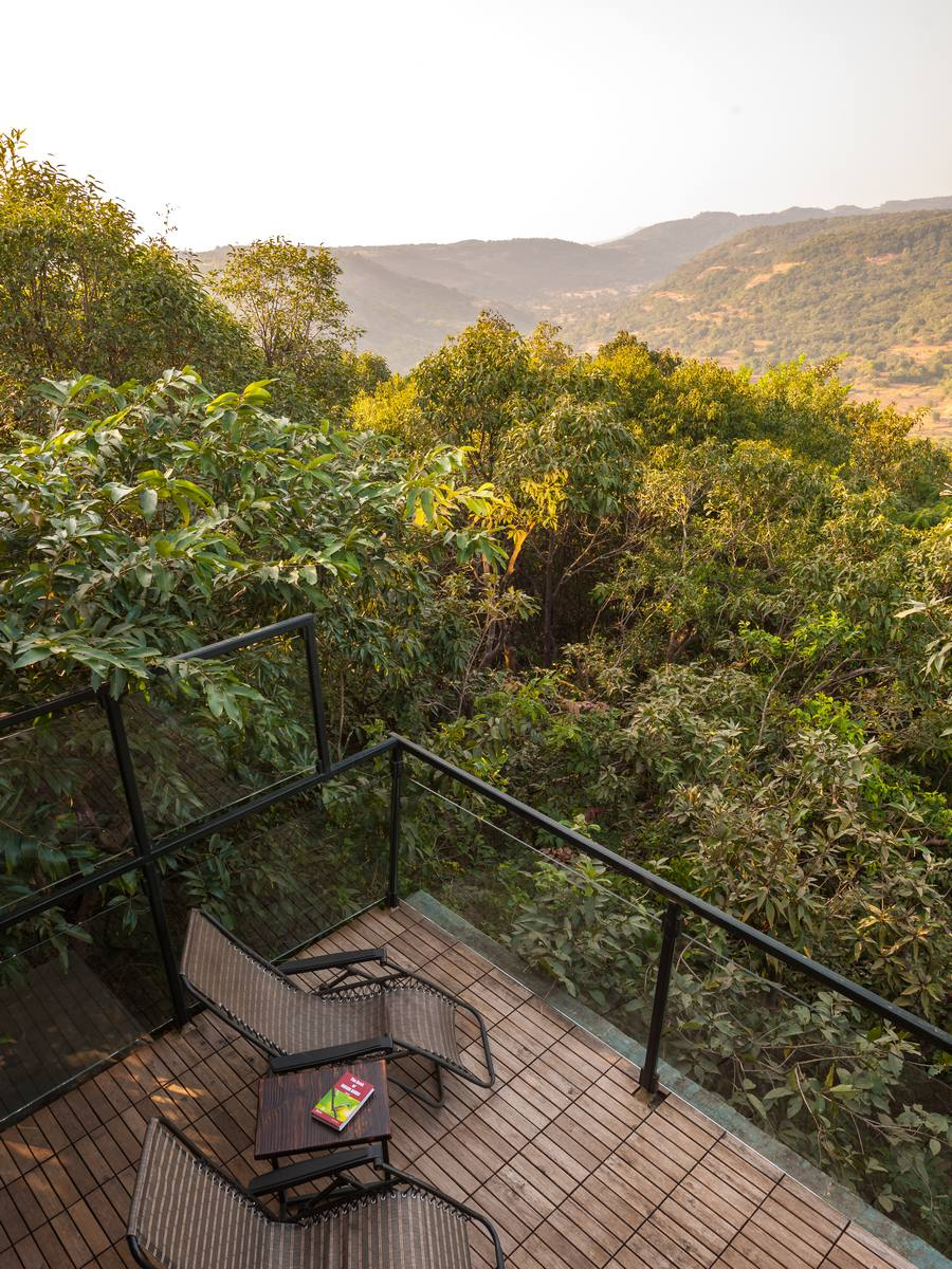 Relax with a calm View - Bachelorette trip Destinations in India