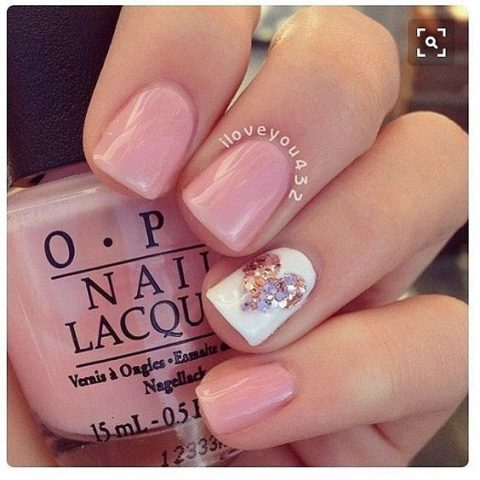 10 easy nail art ideas for valentines day urbanclap manicure at home solutioingenieria Gallery