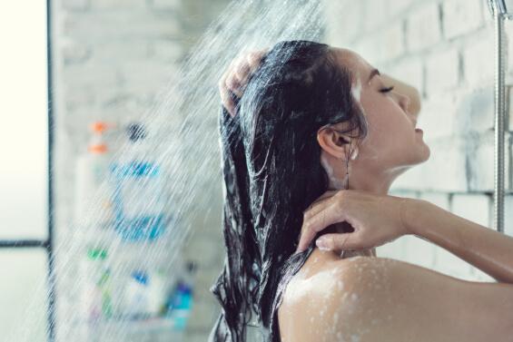 girl getting a head wash