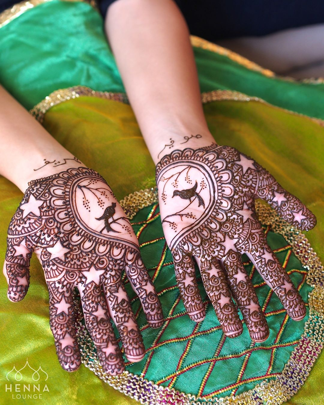 Unique pattern on a new mehendi design for 2018 brides