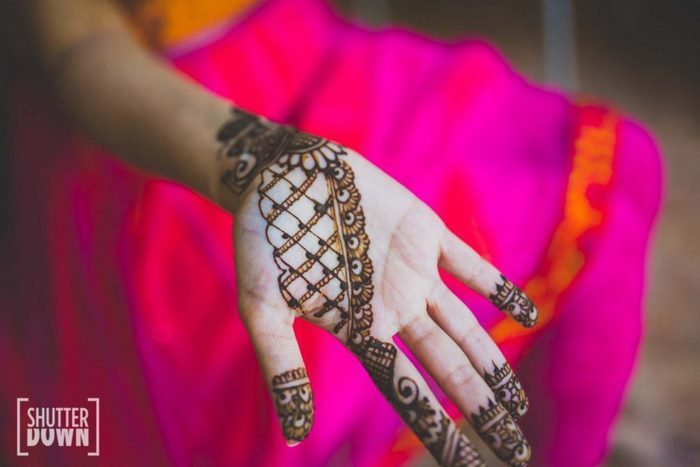 35+ Modern Bridal Mehndi Design Ideas for Your 2018 Wedding!