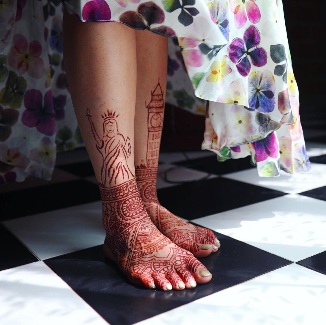 Bridal mehndi for feet- adding love story to mehndi design