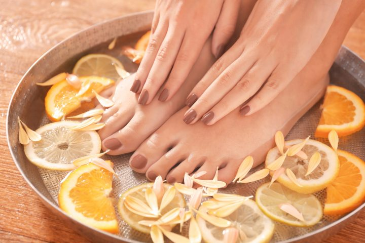 DIY Manicure with Natural_Ingredients