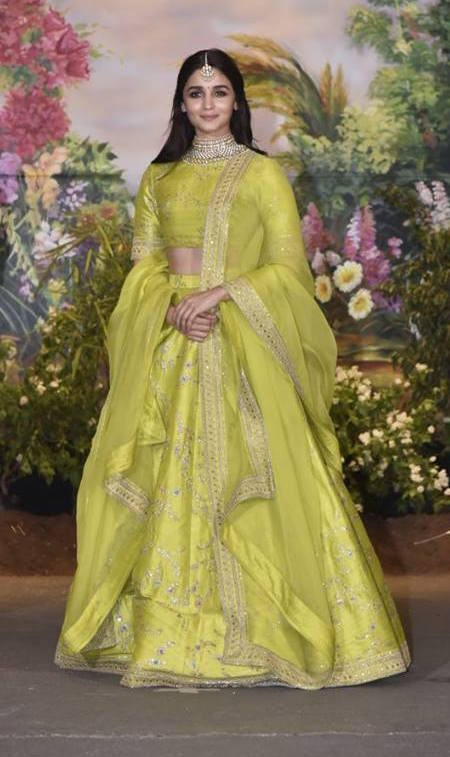 65115a45b051 16 Bride-Worthy Outfits We Spotted on Celebs at Sonam Kapoor s Wedding