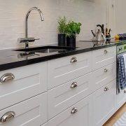 white base kitchen cabinets