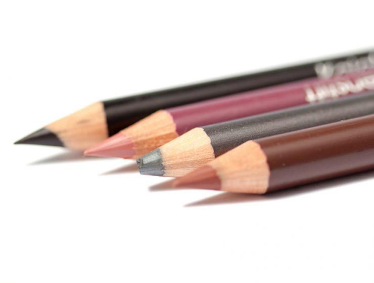 Kohl pencil eyeliner