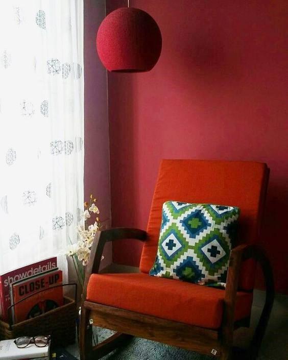 crimson wlal paint colours