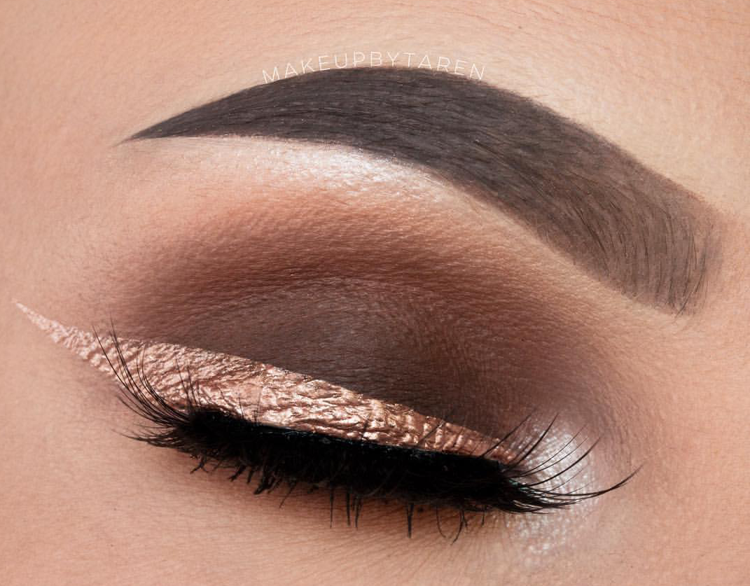Gold colored eyeliner