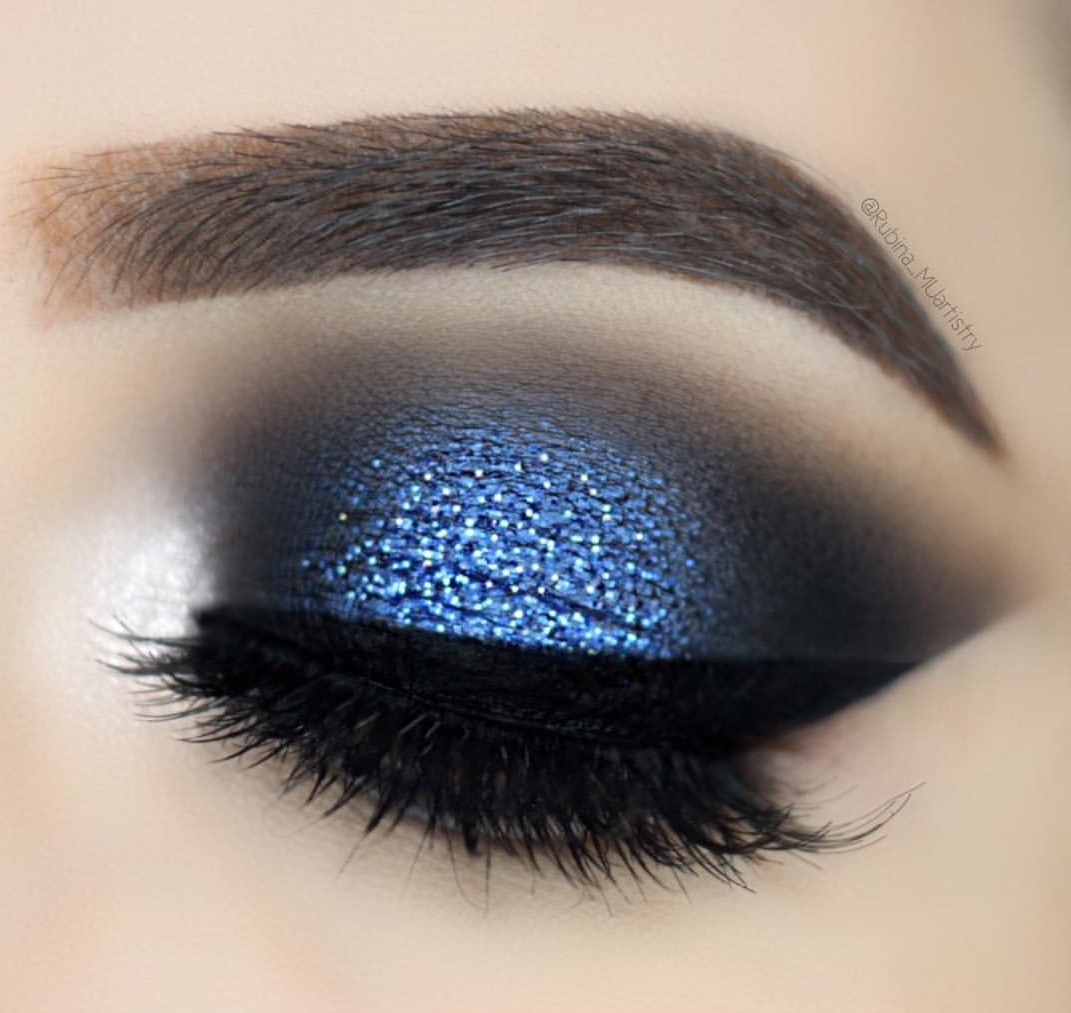 Shimmer blue eyeshadow makeup