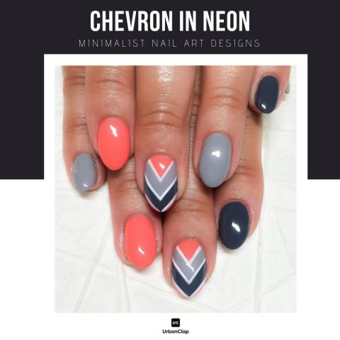 Minimalist nail art design 2