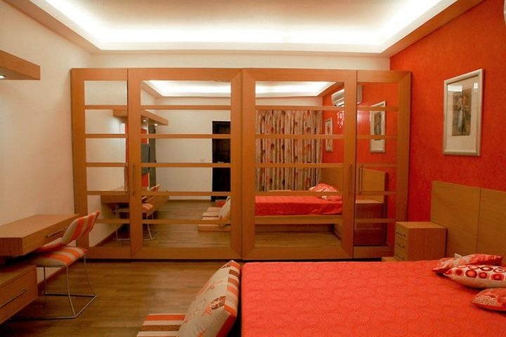 wooden wardrobe designs with mirrors