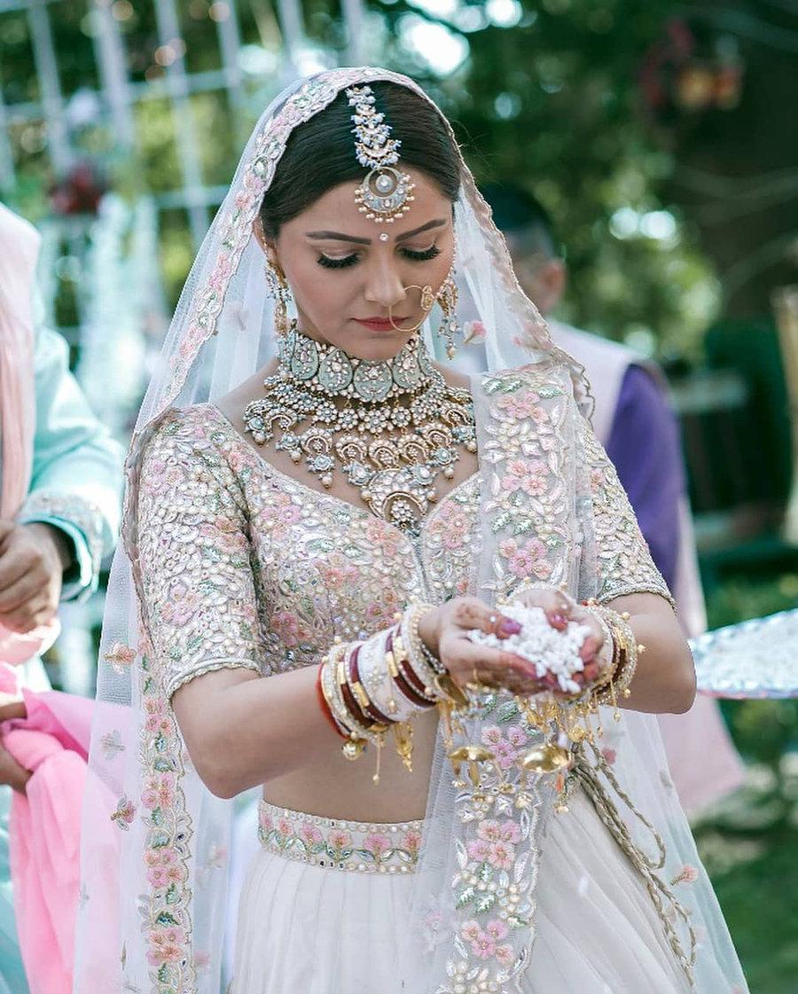 actress Rubina Dilaik wedding jewellery - light blue maang tikka