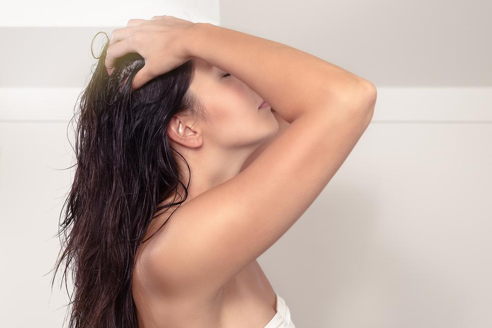 Using Apple Cider Vinegar as Hair Rinse