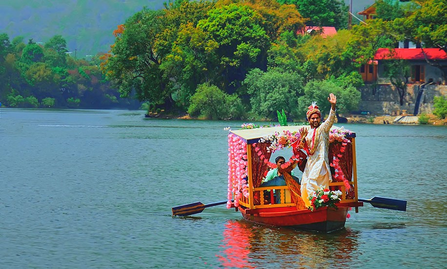 Dulha entry in a boat
