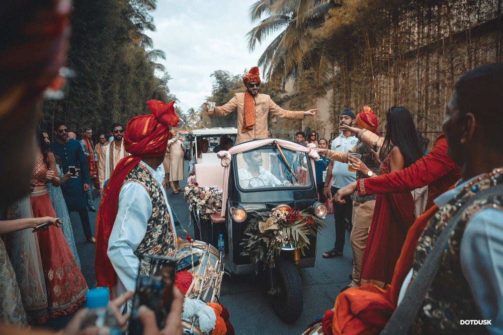 Auto dulha entry at Indian wedding