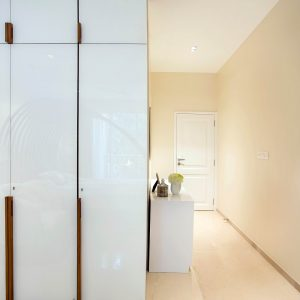 18 Latest Wardrobe Designs for Bedrooms: Stylish & Practical Ideas!
