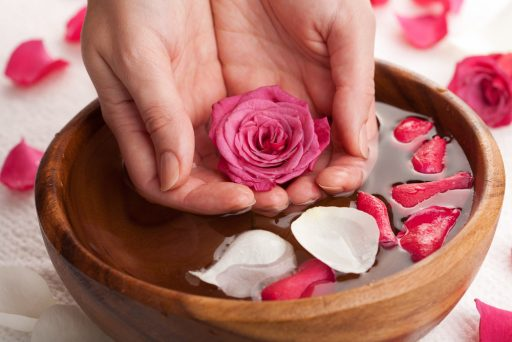 rose-water-for-skin-feature-image