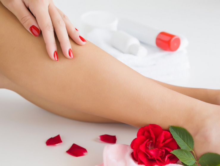 Rose-water-for-dry-skin-feature-image