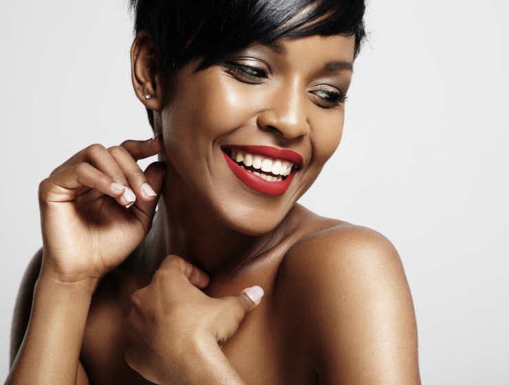 Red-lipsticks-for-dark-skin-feature-image
