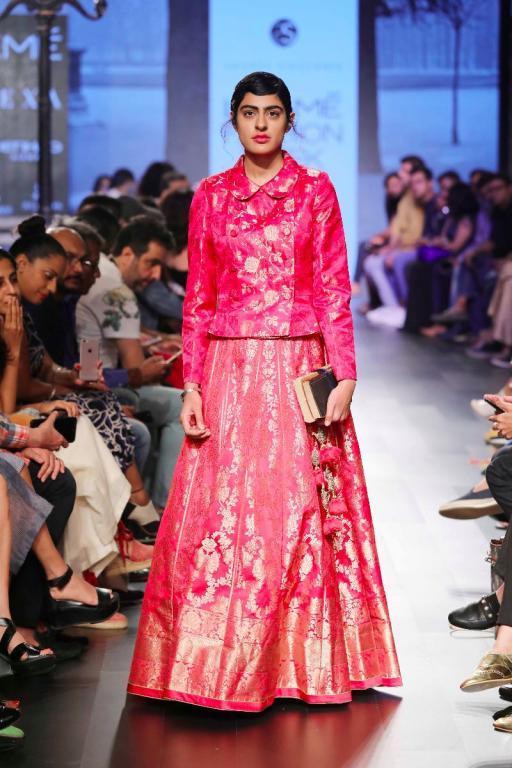 Pink benarsi silk brocade full sleeve blouse with peter pan collar and ombre pink benarsi silk lehenga