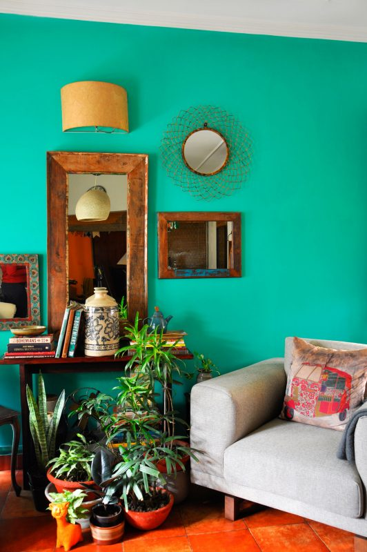 wall paint colour for living room