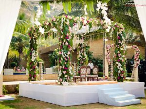 7 Mandap Decor Designs Based On The Foliage & Greenery Trend