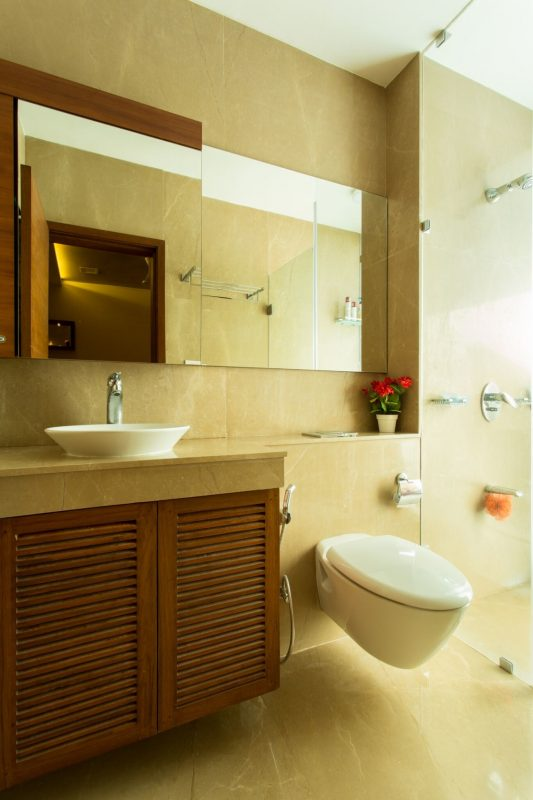 vastu for attached bathroom and toilet