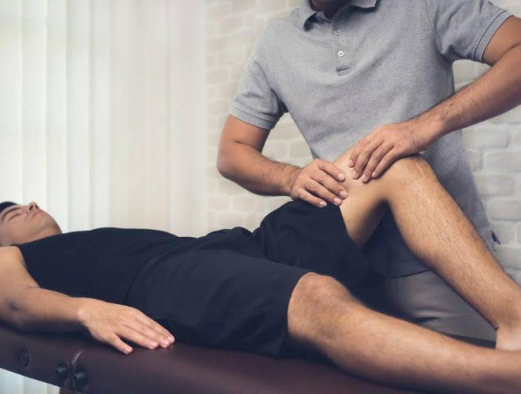 Massage-benefits-for-leg-pain-min