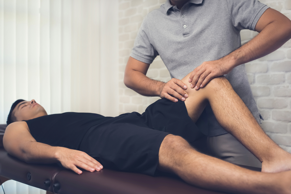 Massage-benefits-for-leg-pain